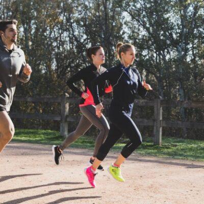 Courir dans un club de running